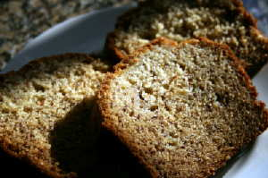 Easy Banana Bread Recipe picture taken by MMBR. 2008 Copyright. All Rights Reserved.