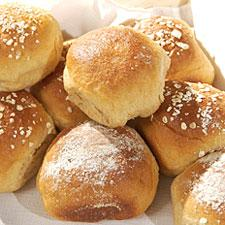Honey Wheat Rolls bread